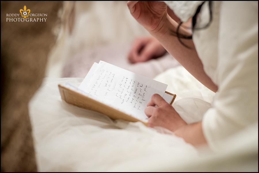 Hasidic Jewish wedding - Bedeken