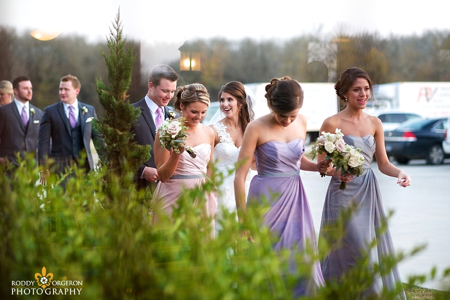 bride, groom and the bridal party at The Olde Dobbin Station in Texas