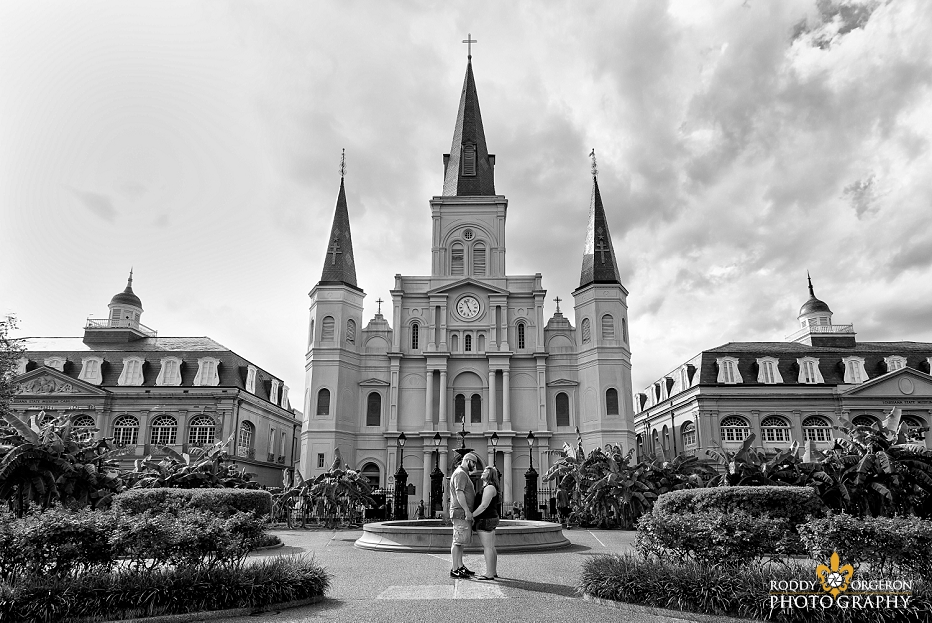 New Orleans proposal in front of the Saint Louis cathedral