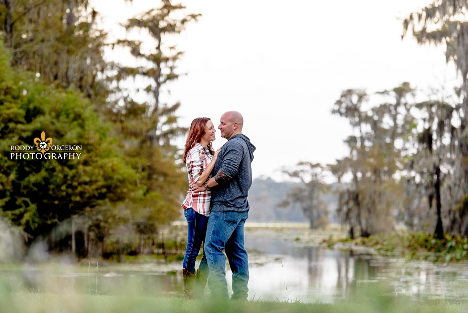 engagement session by the swamp