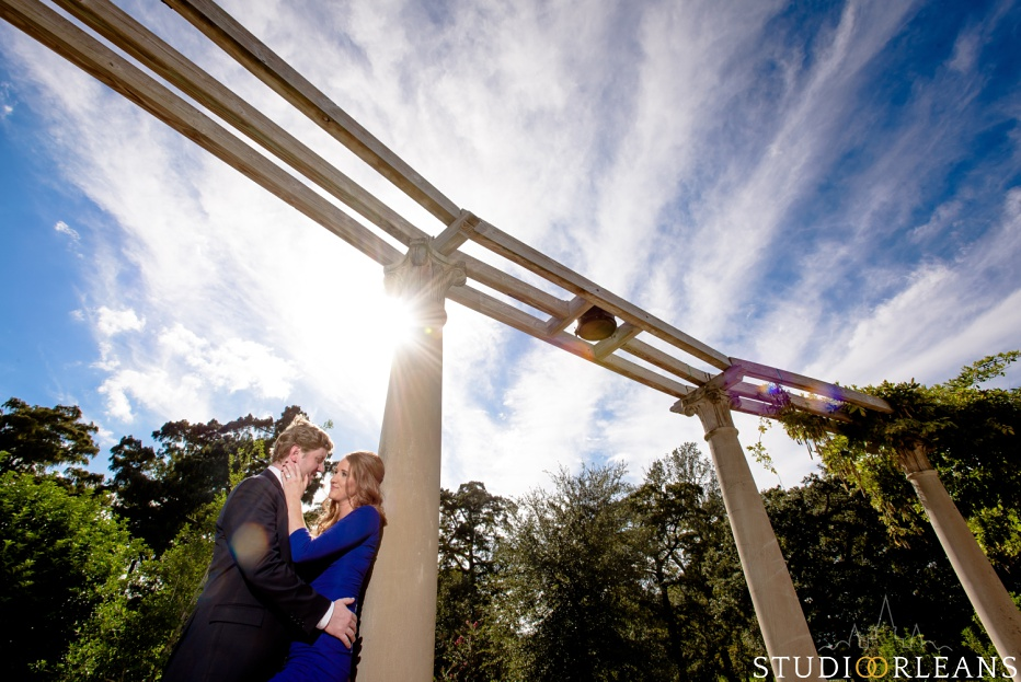 Engagement Session in City Park New Orleans by Pops fountain